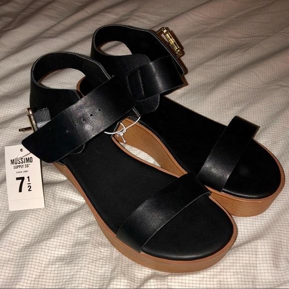 Nwt Mossimo Black Platform Sandals